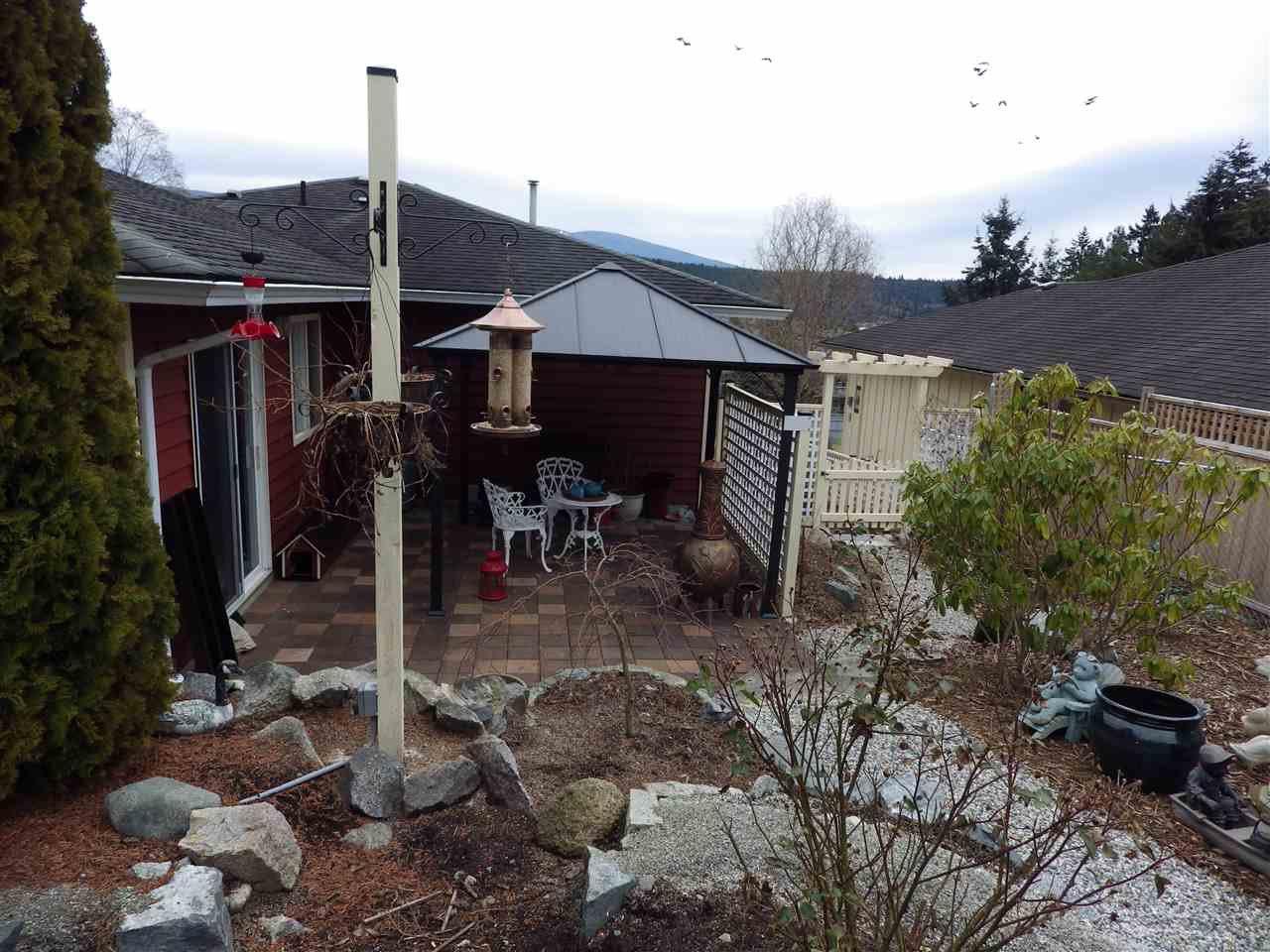 Photo 10: Photos: 5599 MEDUSA Place in Sechelt: Sechelt District House for sale (Sunshine Coast)  : MLS®# R2344394