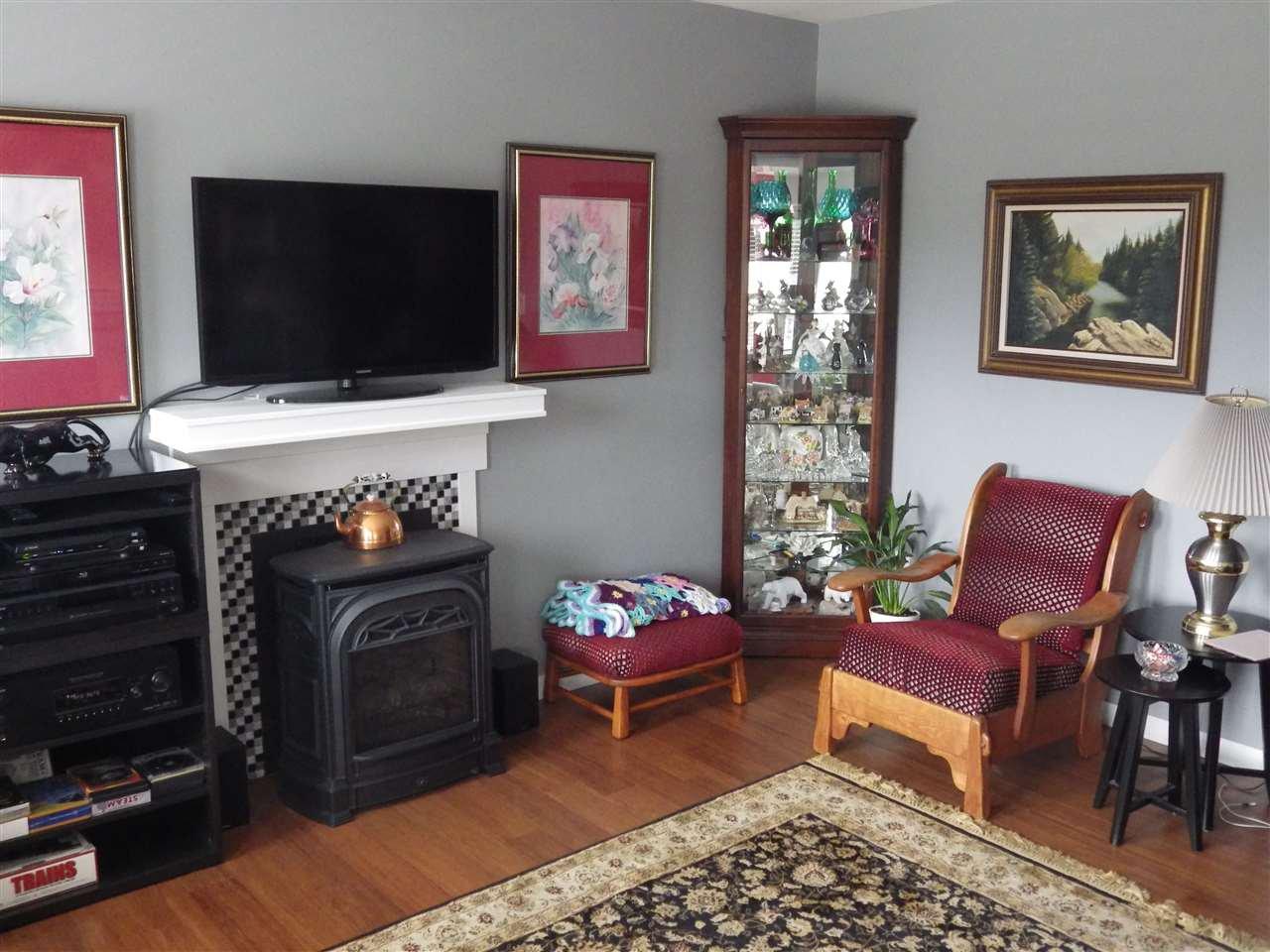 Photo 5: Photos: 5599 MEDUSA Place in Sechelt: Sechelt District House for sale (Sunshine Coast)  : MLS®# R2344394