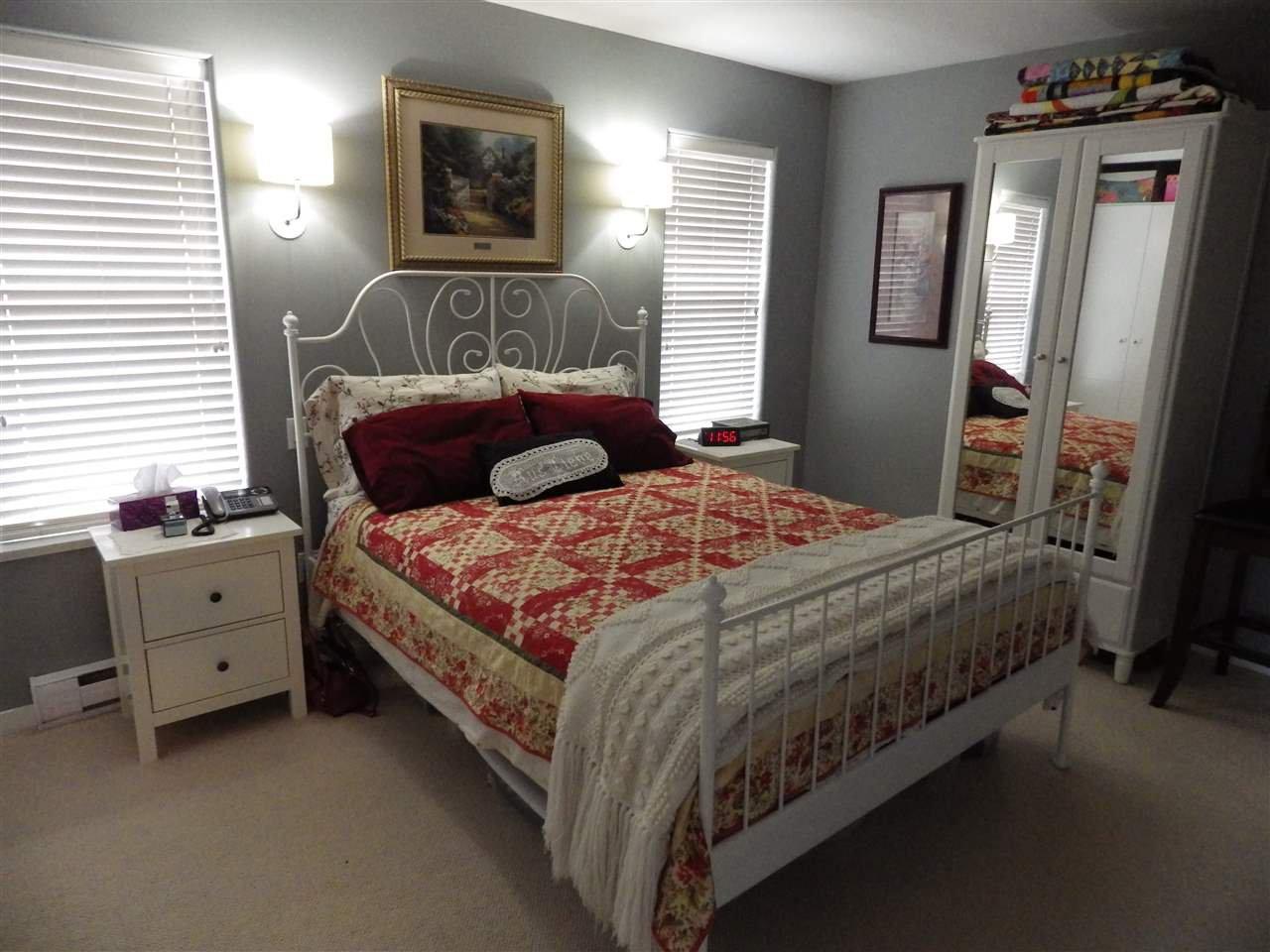 Photo 6: Photos: 5599 MEDUSA Place in Sechelt: Sechelt District House for sale (Sunshine Coast)  : MLS®# R2344394
