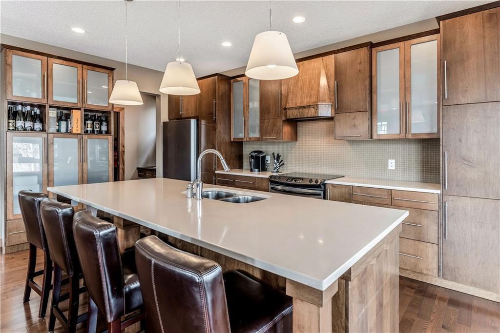 Photo 17: Photos: 59 Everoak Bay SW in Calgary: Evergreen Detached for sale : MLS®# C4252652