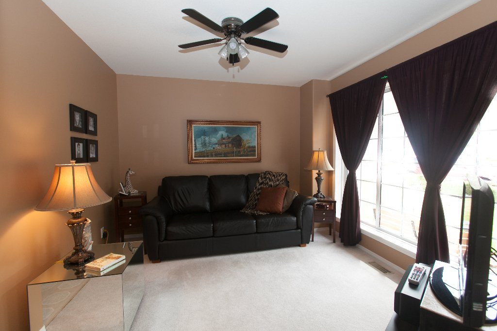 Photo 2: Photos: 526 RED WING DRIVE in PENTICTON: Residential Detached for sale : MLS®# 140034