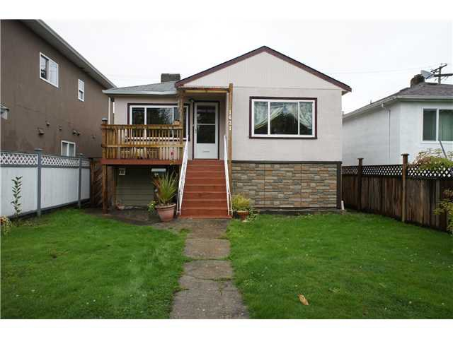 Main Photo: 1621 E 49TH Avenue in Vancouver: Knight House for sale (Vancouver East)  : MLS®# V1029662