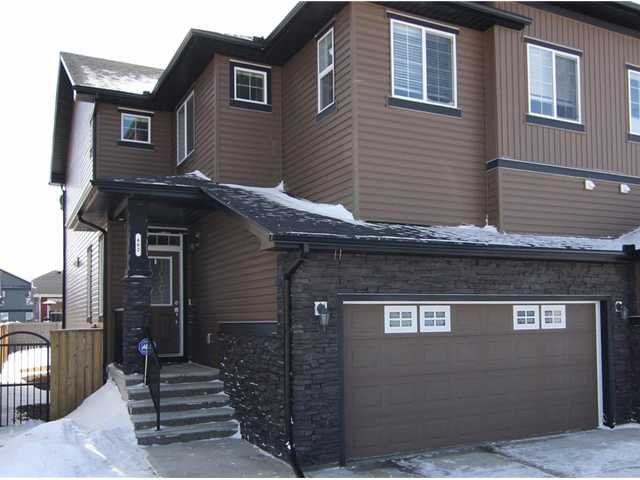 Main Photo: 482 BOULDER CREEK Way: Langdon Residential Attached for sale : MLS®# C3606577