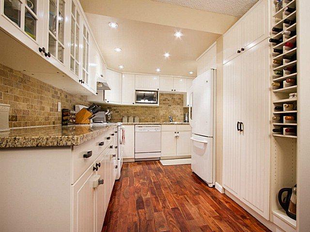 """Main Photo: 7 7319 MONTECITO Drive in Burnaby: Montecito Townhouse for sale in """"Villa Montecito"""" (Burnaby North)  : MLS®# V1071165"""