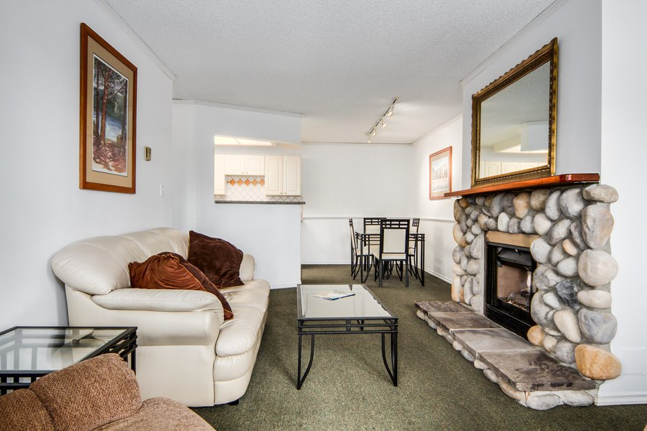 Photo 5: Photos: # 210 1155 ROSS RD in North Vancouver: Lynn Valley Condo for sale : MLS®# V1062619