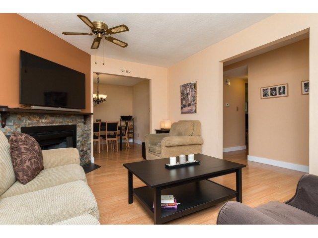 "Photo 2: Photos: 11956 90 Avenue in Delta: Annieville Townhouse for sale in ""Sunridge Estates"" (N. Delta)  : MLS®# F1439956"