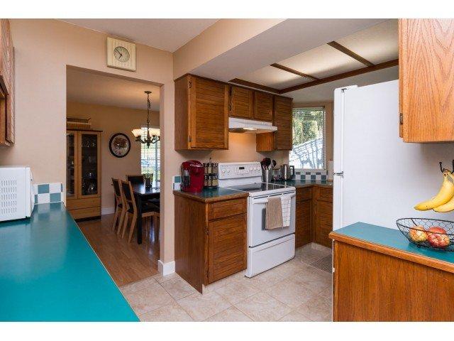"Photo 5: Photos: 11956 90 Avenue in Delta: Annieville Townhouse for sale in ""Sunridge Estates"" (N. Delta)  : MLS®# F1439956"