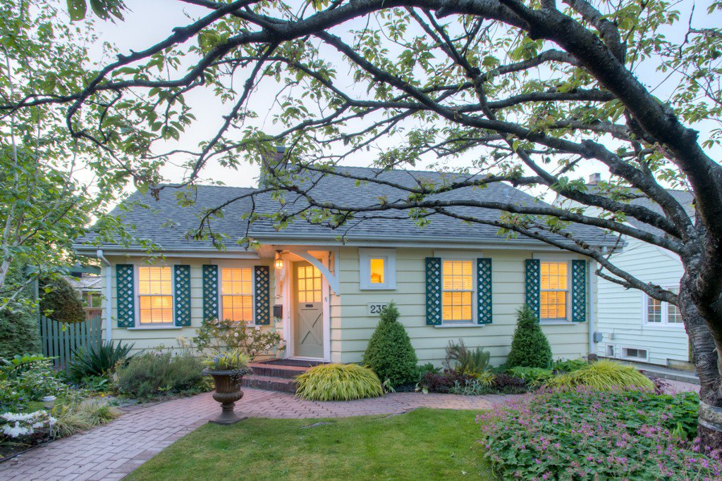 """Photo 59: Photos: 235 SIXTH Avenue in New Westminster: GlenBrooke North House for sale in """"GLENBROOKE NORTH"""" : MLS®# V1121894"""