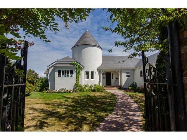 "Main Photo: 408 ALLEN Drive in Tsawwassen: Pebble Hill House for sale in ""PEBBLE HILL"" : MLS®# V1137836"