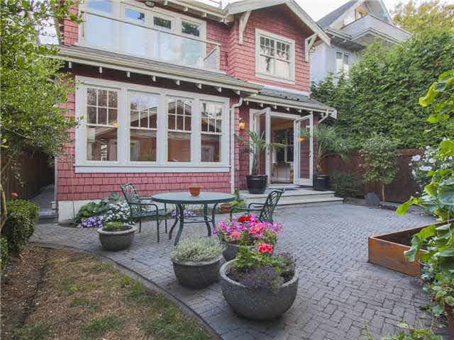 Main Photo: 3127 W 3RD Avenue in Vancouver: Kitsilano House 1/2 Duplex for sale (Vancouver West)  : MLS®# V1142275