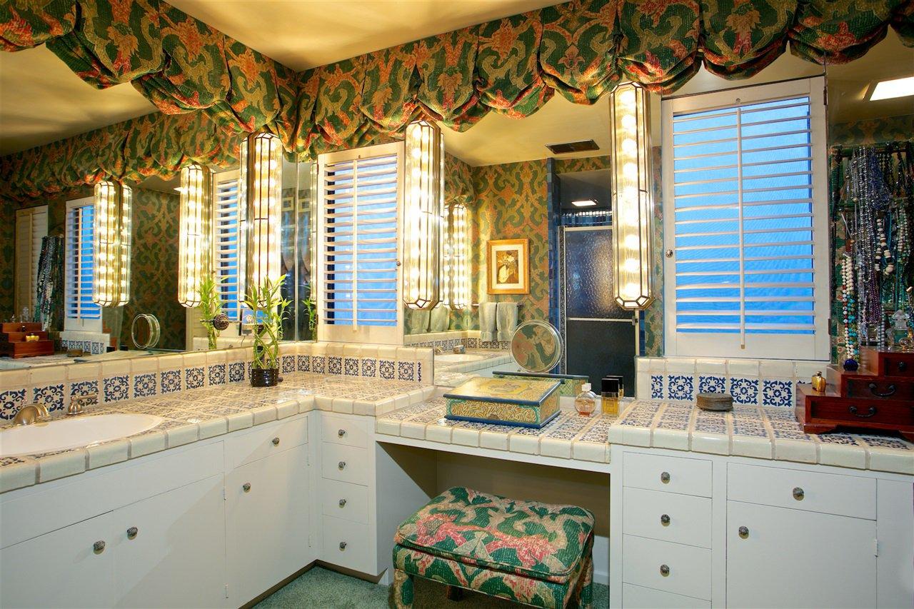 Photo 4: Photos: CORONADO CAYS House for sale : 4 bedrooms : 6 The Point in Coronado