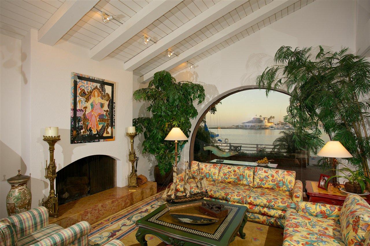 Photo 5: Photos: CORONADO CAYS House for sale : 4 bedrooms : 6 The Point in Coronado