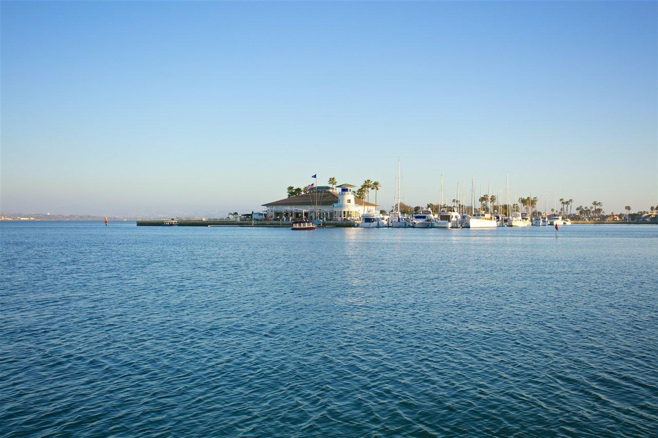 Photo 20: Photos: CORONADO CAYS House for sale : 4 bedrooms : 6 The Point in Coronado