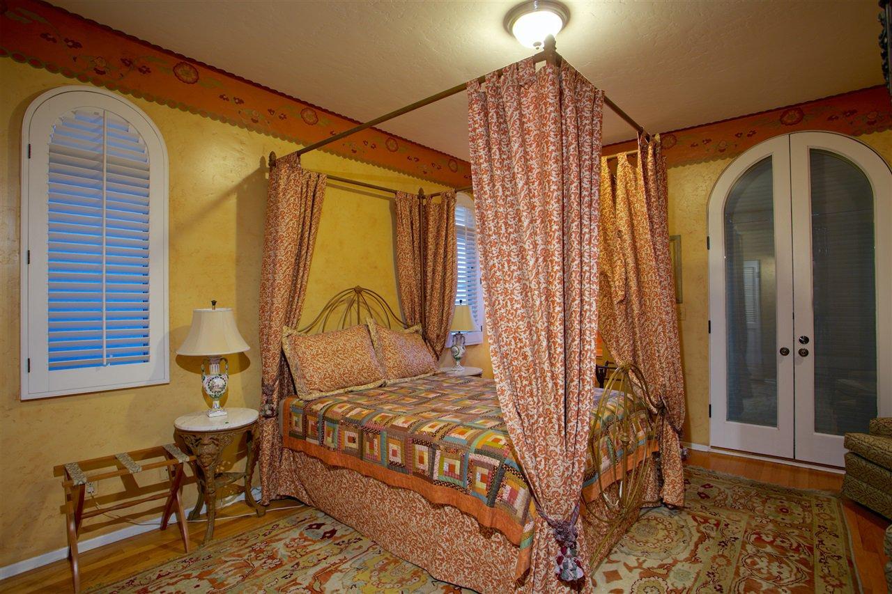 Photo 14: Photos: CORONADO CAYS House for sale : 4 bedrooms : 6 The Point in Coronado