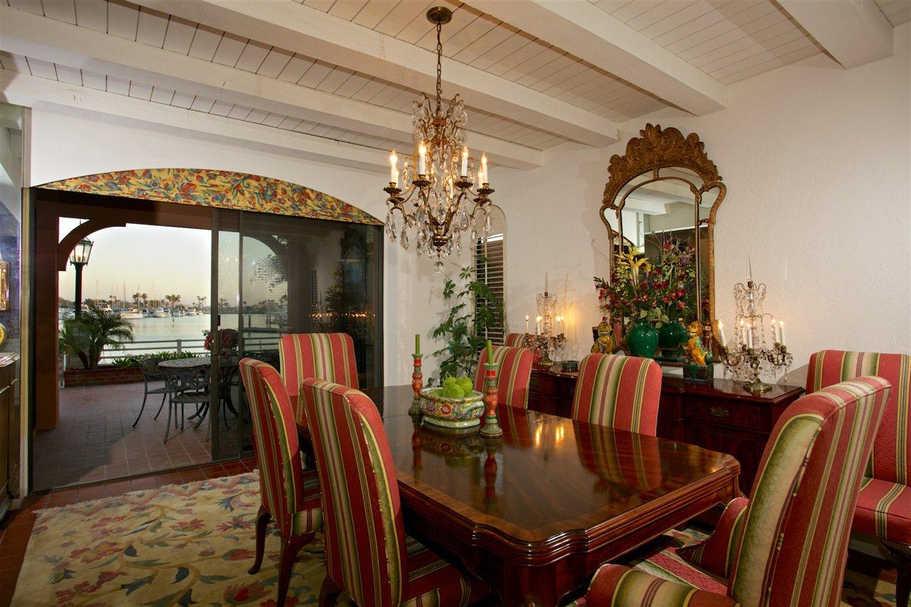 Photo 8: Photos: CORONADO CAYS House for sale : 4 bedrooms : 6 The Point in Coronado