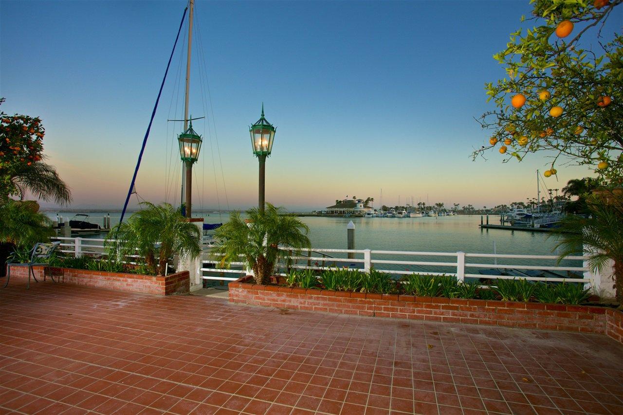 Photo 18: Photos: CORONADO CAYS House for sale : 4 bedrooms : 6 The Point in Coronado