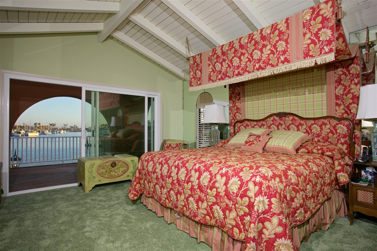 Photo 12: Photos: CORONADO CAYS House for sale : 4 bedrooms : 6 The Point in Coronado