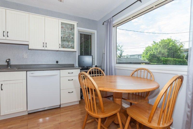 Photo 9: Photos: 15422 PACIFIC Avenue: White Rock House for sale (South Surrey White Rock)  : MLS®# R2082792