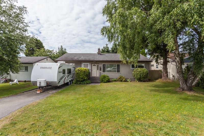 Photo 2: Photos: 15422 PACIFIC Avenue: White Rock House for sale (South Surrey White Rock)  : MLS®# R2082792