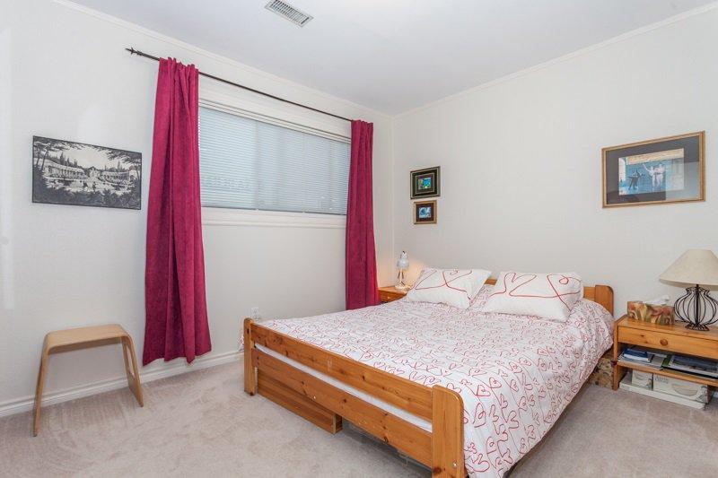 Photo 7: Photos: 15422 PACIFIC Avenue: White Rock House for sale (South Surrey White Rock)  : MLS®# R2082792