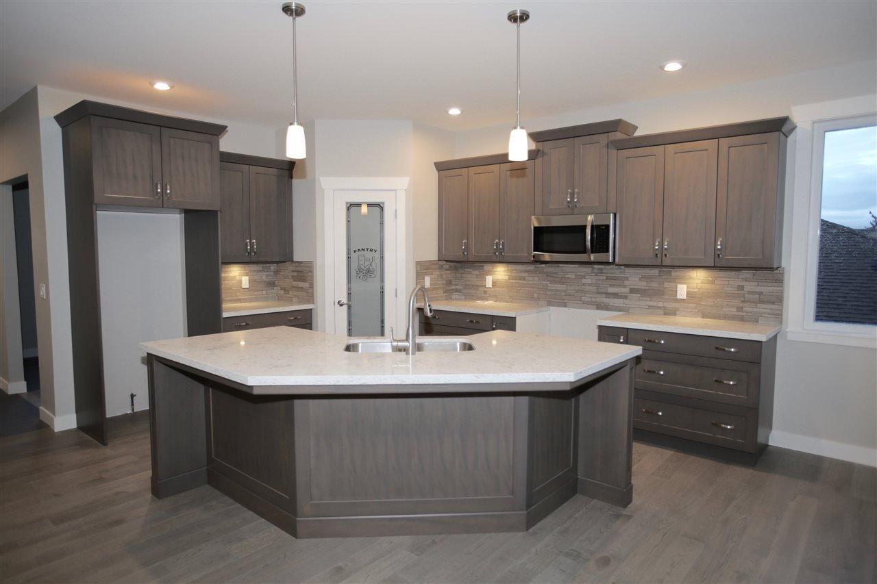 Main Photo: 6347 SAMRON Road in Sechelt: Sechelt District House for sale (Sunshine Coast)  : MLS®# R2124309