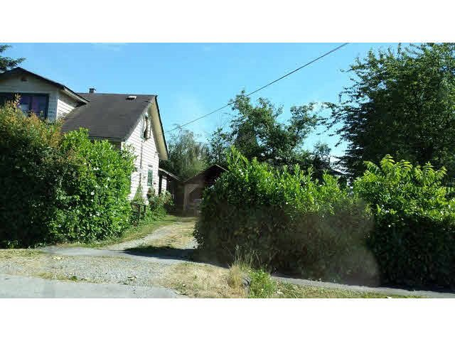 Main Photo: 12728 114A Avenue in Surrey: Bridgeview House for sale (North Surrey)  : MLS®# R2165499