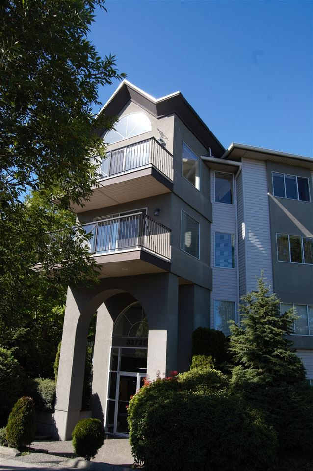 "Main Photo: 311 32725 GEORGE FERGUSON Way in Abbotsford: Abbotsford West Condo for sale in ""Uptown"" : MLS®# R2182713"