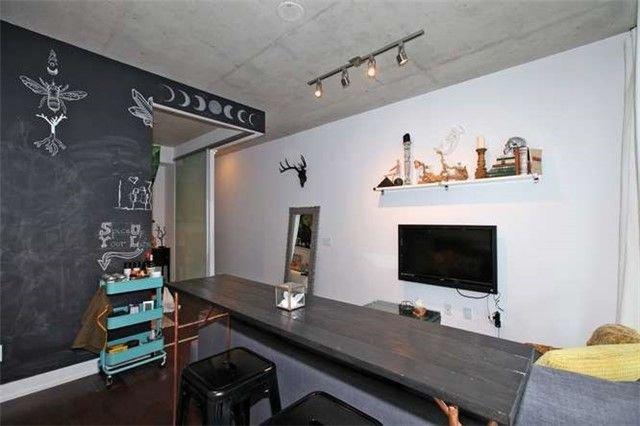 Photo 8: Photos: 223 1190 E Dundas Street in Toronto: South Riverdale Condo for lease (Toronto E01)  : MLS®# E4003818