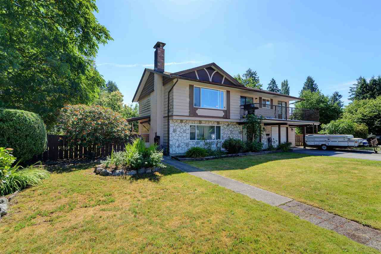 Main Photo: 3292 NORFOLK Street in Port Coquitlam: Lincoln Park PQ House for sale : MLS®# R2285786