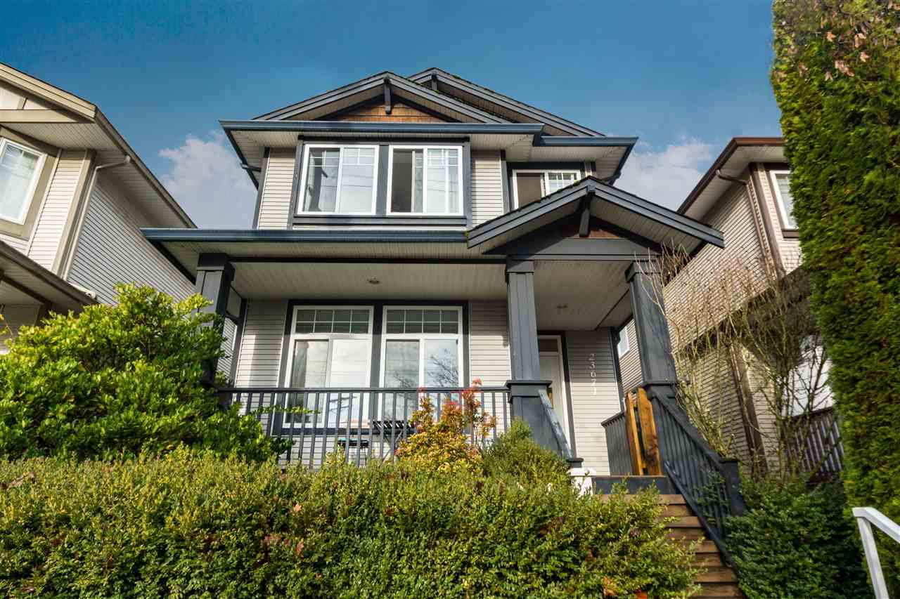 Main Photo: 23671 DEWDNEY TRUNK Road in Maple Ridge: East Central House for sale : MLS®# R2325440
