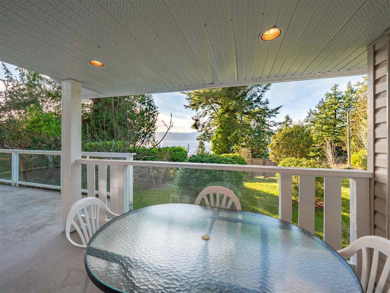 Main Photo: 4175 IRVINES LANDING Road in Garden Bay: Pender Harbour Egmont House for sale (Sunshine Coast)  : MLS®# R2339646
