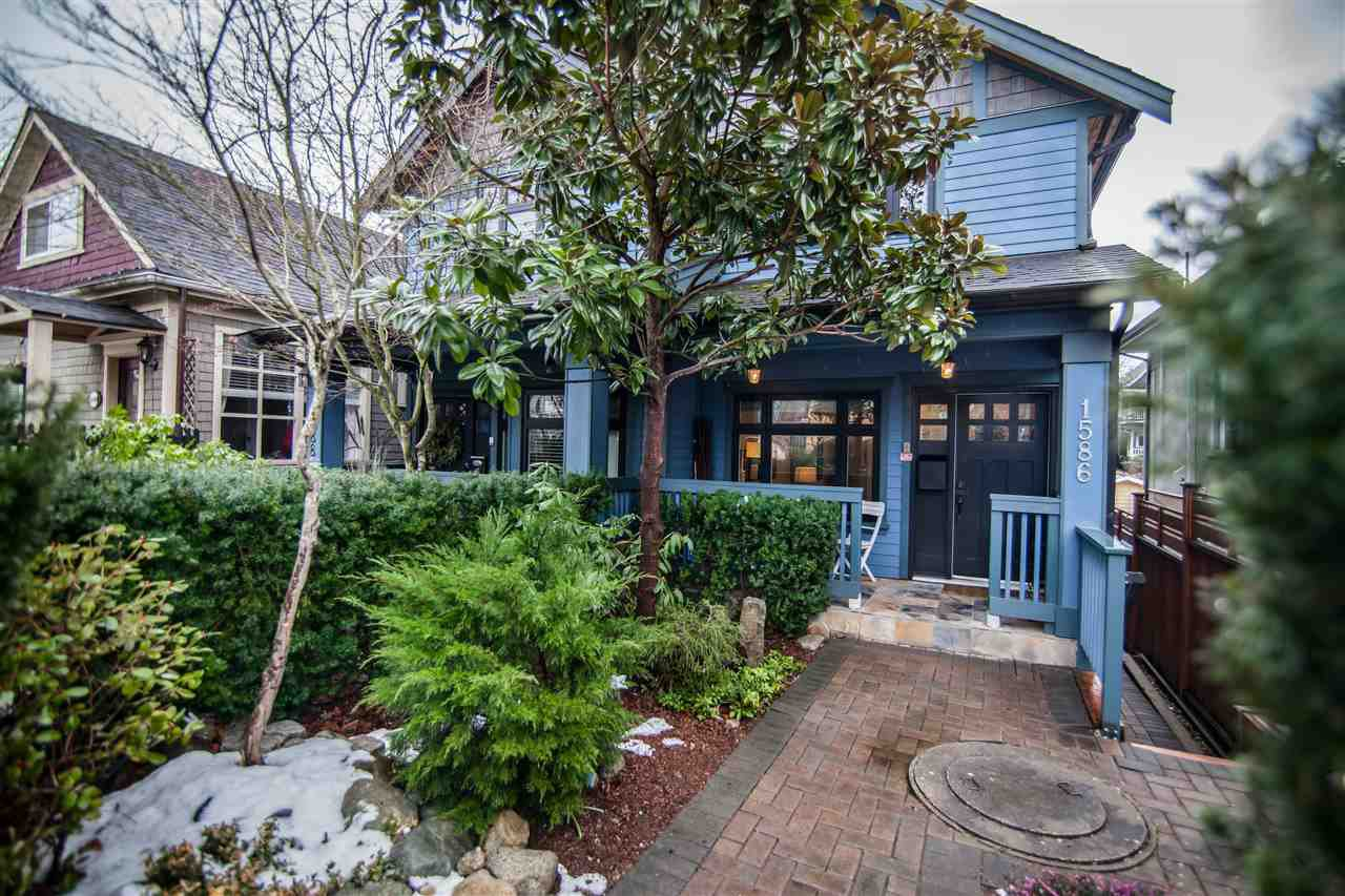 """Photo 18: Photos: 1586 E 11TH Avenue in Vancouver: Grandview VE House 1/2 Duplex for sale in """"THE DRIVE"""" (Vancouver East)  : MLS®# R2343494"""