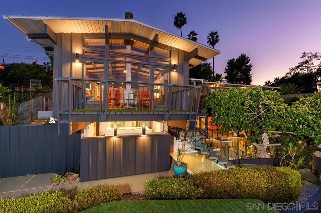 Main Photo: LA MESA House for sale : 5 bedrooms : 8141 Vista Dr
