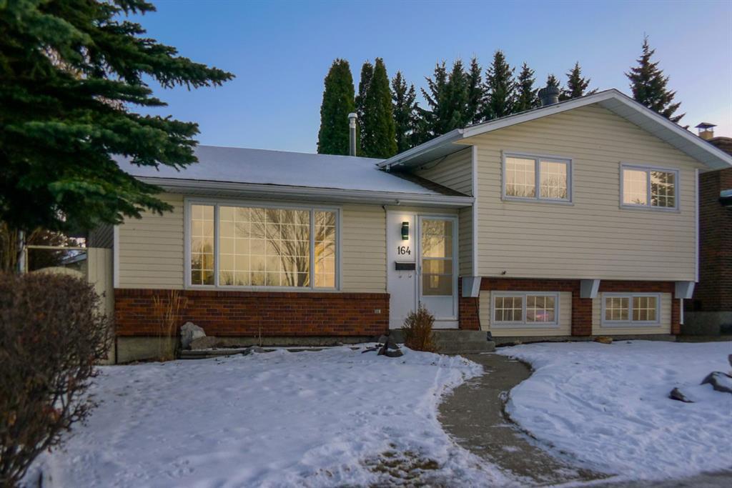 Main Photo: 164 Deermont Way SE in Calgary: Deer Ridge Detached for sale : MLS®# A1051814