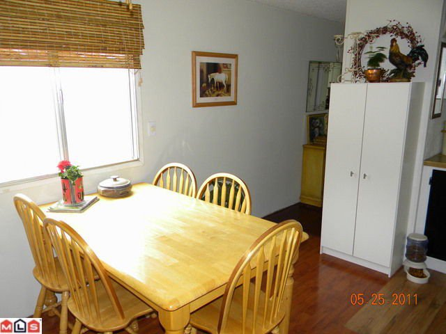 """Photo 3: Photos: 77 10221 WILSON Road in Mission: Mission BC Manufactured Home for sale in """"Triple Creek Estates"""" : MLS®# F1113687"""