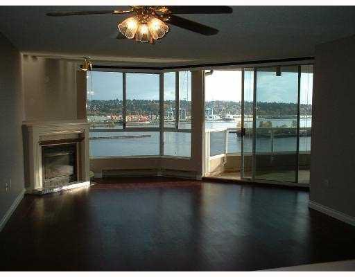 Main Photo: 1806 1245 QUAYSIDE Drive in New Westminster: Condo for sale : MLS®# v747388
