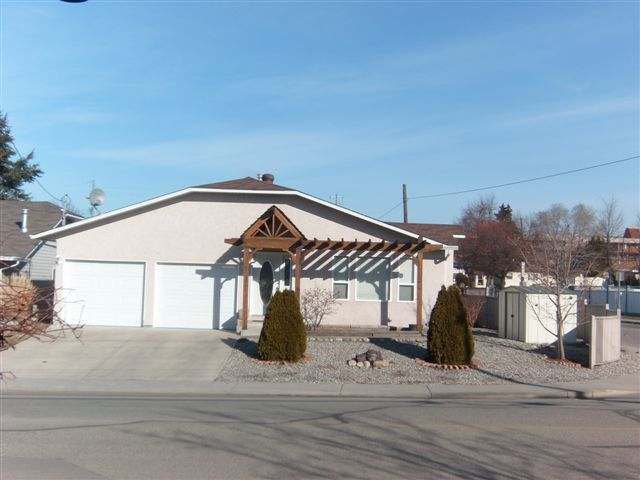 Main Photo: 103 HUTH AVE in Penticton: House for sale : MLS®# 141532
