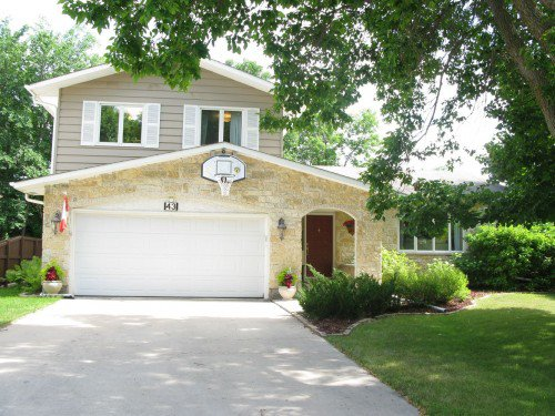 Main Photo: 43 Prestwood Place in Winnipeg: Fort Garry / Whyte Ridge / St Norbert Residential for sale (South Winnipeg)  : MLS®# 1314544