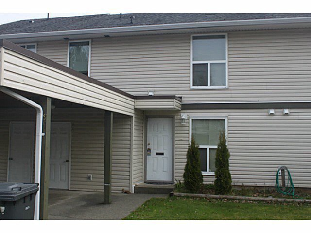"""Main Photo: 3 3030 TRETHEWEY Street in Abbotsford: Abbotsford West Townhouse for sale in """"CLEARBROOK VILLAGE"""" : MLS®# F1431136"""