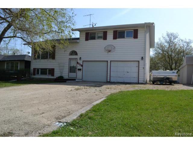 Main Photo: 186 3RD AV Avenue in NIVERVILLE: Glenlea / Ste. Agathe / St. Adolphe / Grande Pointe / Ile des Chenes / Vermette / Niverville Residential for sale (Winnipeg area)  : MLS®# 1511707