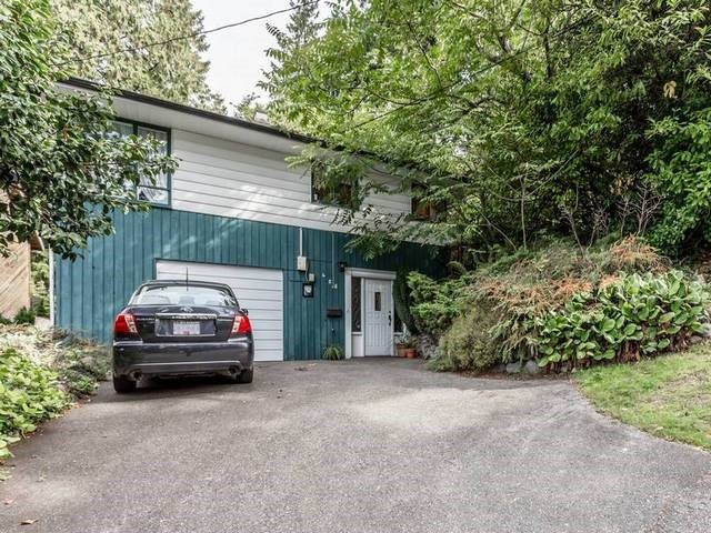 Main Photo: 428 E 19TH Street in North Vancouver: Central Lonsdale House for sale : MLS®# R2001012
