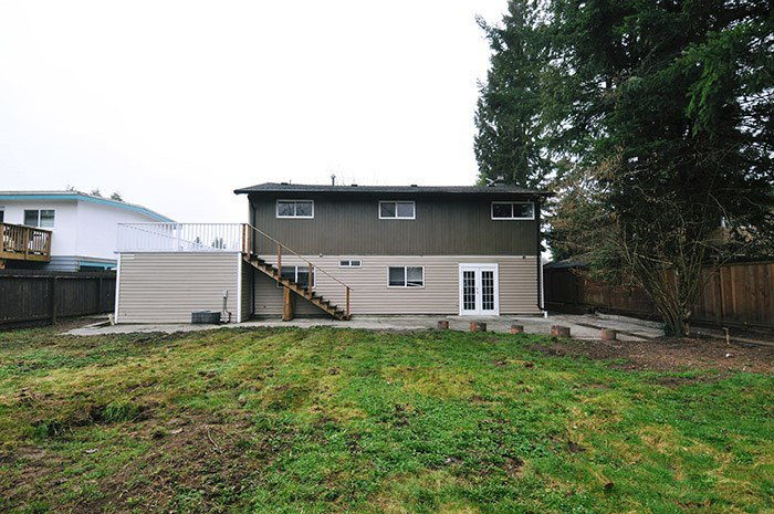 """Photo 15: Photos: 3688 ST. THOMAS Street in Port Coquitlam: Lincoln Park PQ House for sale in """"SUN VALLEY PARK"""" : MLS®# R2040754"""