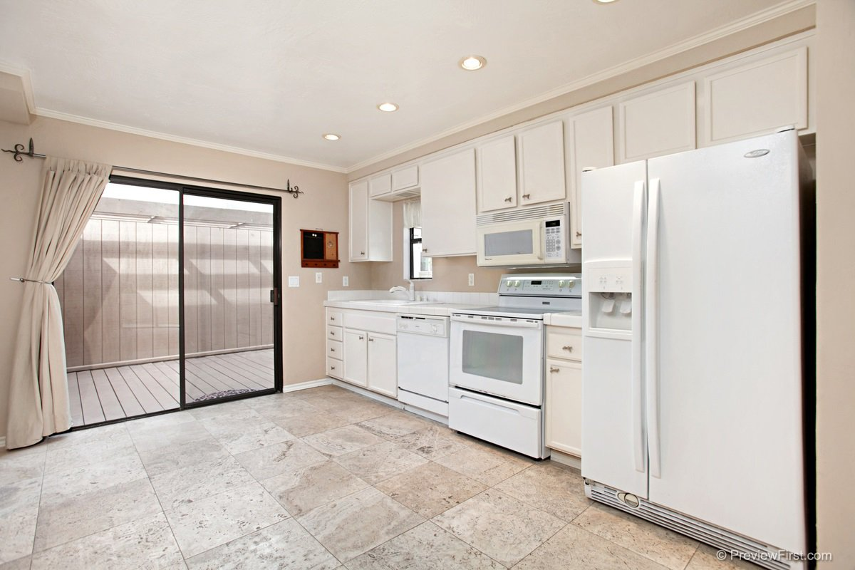 Main Photo: CLAIREMONT Townhome for sale : 1 bedrooms : 2740 ARIANE DRIVE #160 in San Diego