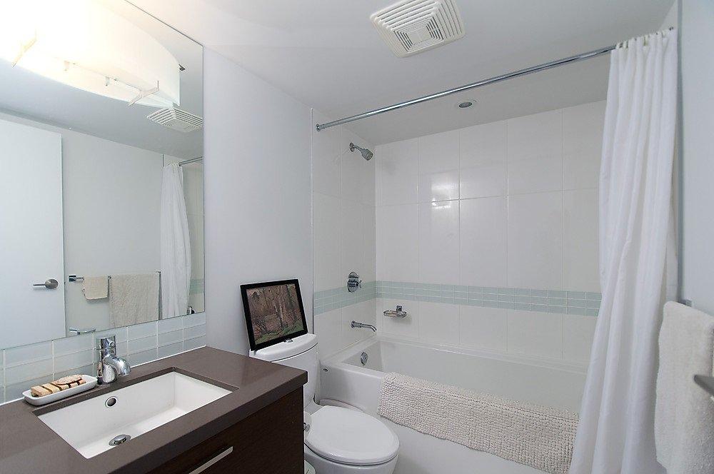 """Photo 11: Photos: 104 13380 108 Avenue in Surrey: Whalley Condo for sale in """"CITYPOINT"""" (North Surrey)  : MLS®# R2058518"""