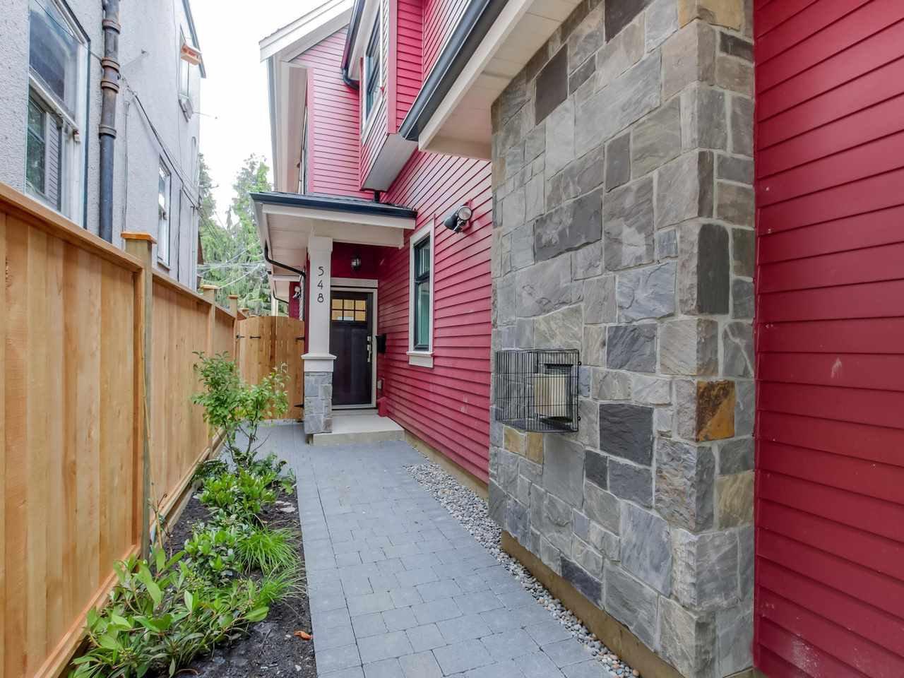 Main Photo: 548 E 10TH Avenue in Vancouver: Mount Pleasant VE House 1/2 Duplex for sale (Vancouver East)  : MLS®# R2085035