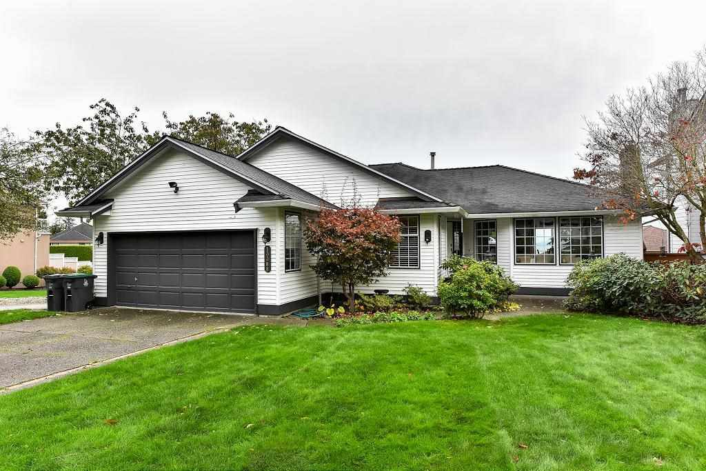 Main Photo: 13388 14A Avenue in Surrey: Crescent Bch Ocean Pk. House for sale (South Surrey White Rock)  : MLS®# R2117065