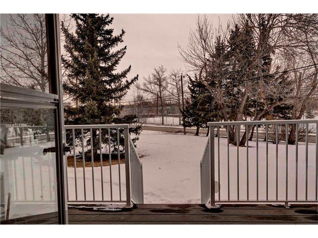 Photo 20: Photos: 684 MERRILL Drive NE in Calgary: Winston Heights/Mountview House for sale : MLS®# C4102737