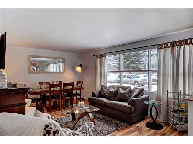 Photo 5: Photos: 684 MERRILL Drive NE in Calgary: Winston Heights/Mountview House for sale : MLS®# C4102737