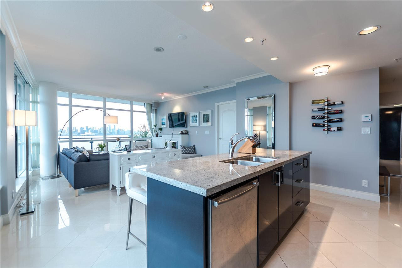 """Photo 9: Photos: 1004 172 VICTORY SHIP Way in North Vancouver: Lower Lonsdale Condo for sale in """"Atrium at the Pier"""" : MLS®# R2147061"""