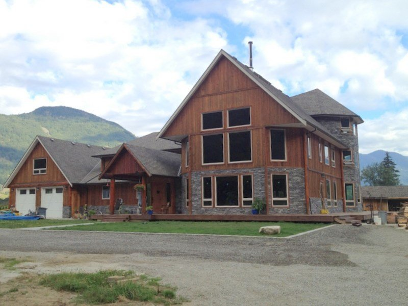 Main Photo: 58261 Fancher Road in Hope: House for sale : MLS®# R2110526
